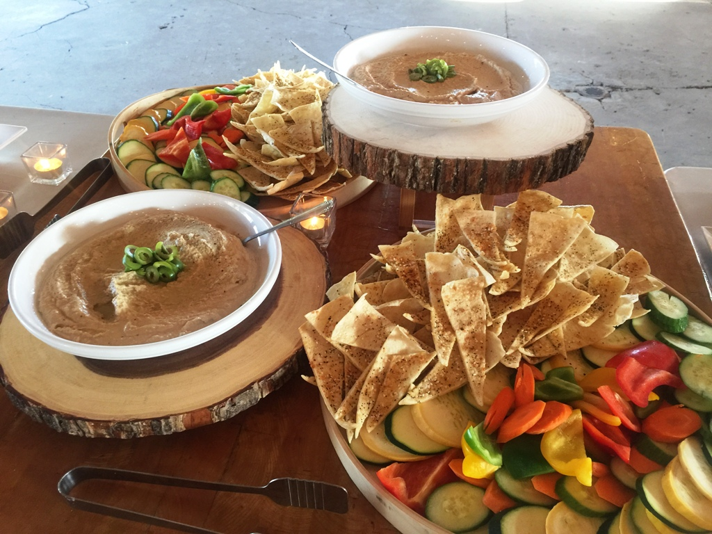 Farm Wedding - Hummus with Veggies and Pizza Crisps